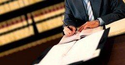 После прекращения статуса адвокат может возобновить его